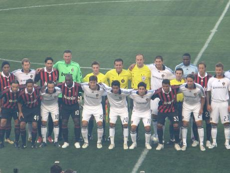 both teams together 1.JPG