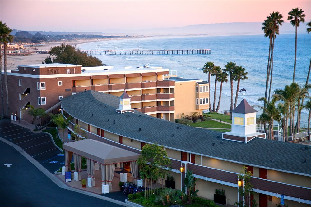 Seacrest Hotel In Pismo Beach Overlooking The Ocean April 2016 Coast To Newspaper