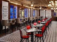 Desire dining room