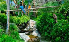 tropical-landscape-at-humphreys-half-moon-inn-suites-san-diego
